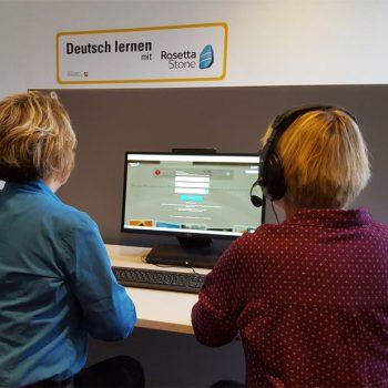 Stadtbücherrei eröffnet Sprachlehrraum für Flüchtlinge und Integrationshelfer (Foto: Stadt Münster)