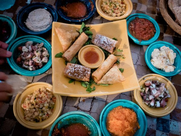 Am 23. März laden geflüchtete Männer zum Essen ein. (Foto: TheUjala - Pixabay.com)
